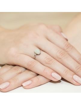 Złoty Pierścionek Zaręczynowy Z Brylantami Białe Złoto