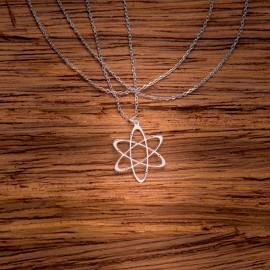 Srebrny Naszyjnik Celebrytka Atom