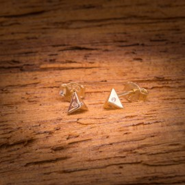 Złote Kolczyki Sztyfty Piramidka Cyrkonie